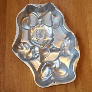 Minnie Mouse Full Body Wilton Cake Pan